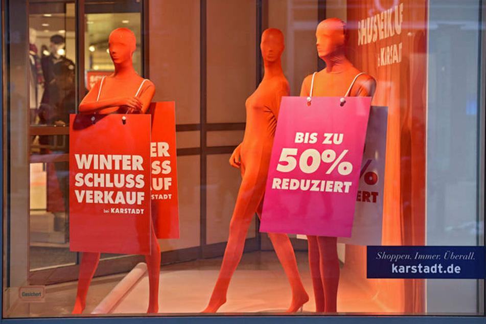 Nicht nur Karstadt hat schon viele Waren im Preis reduziert.