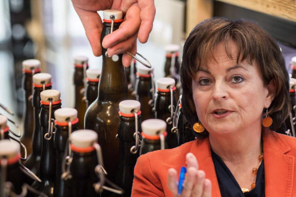 Die Bundesbeauftragte Marlene Mortler (62, CSU) kritisiert die Alkoholpreise in Deutschland.