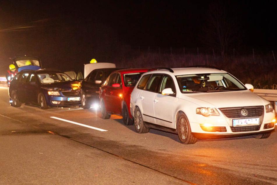 Die vier Fahrzeuge fuhren auf der Überholspur in Richtung Görlitz.