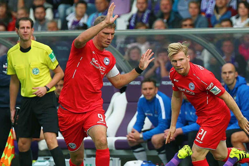 Es kann nur einen in der Sturmspitze geben: Fabian Klos (li.) oder Andreas Voglsammer.