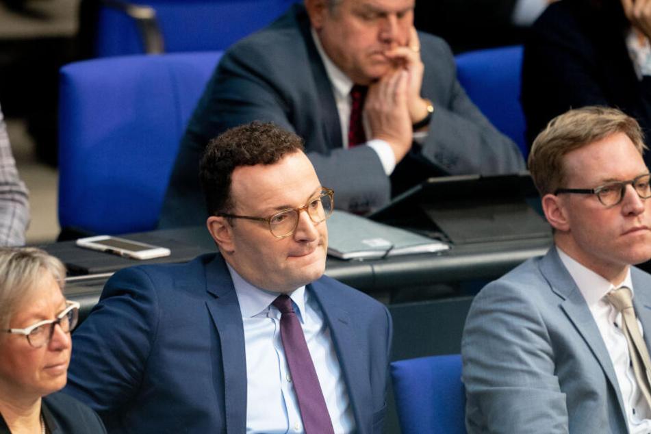 Der Entwurf von Gesundheitsminister Jens Spahn (CDU), nach dem jeder Mensch bis auf Widerruf als Organspender gelten soll, fand keine Mehrheit.