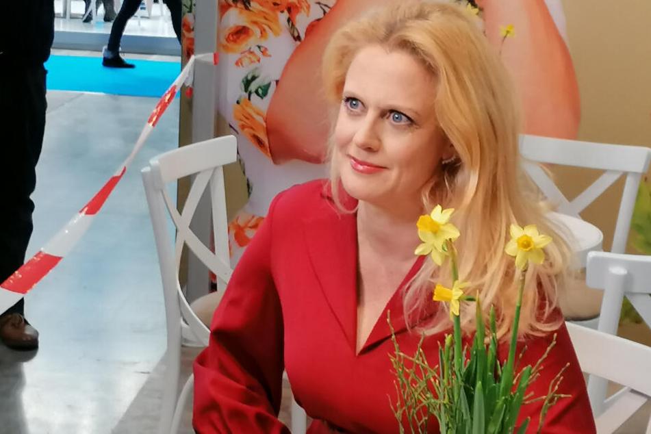 """Barbara Schöneberger zog in Halle 10 auf der """"Intergastra"""" das Interesse auf sich."""