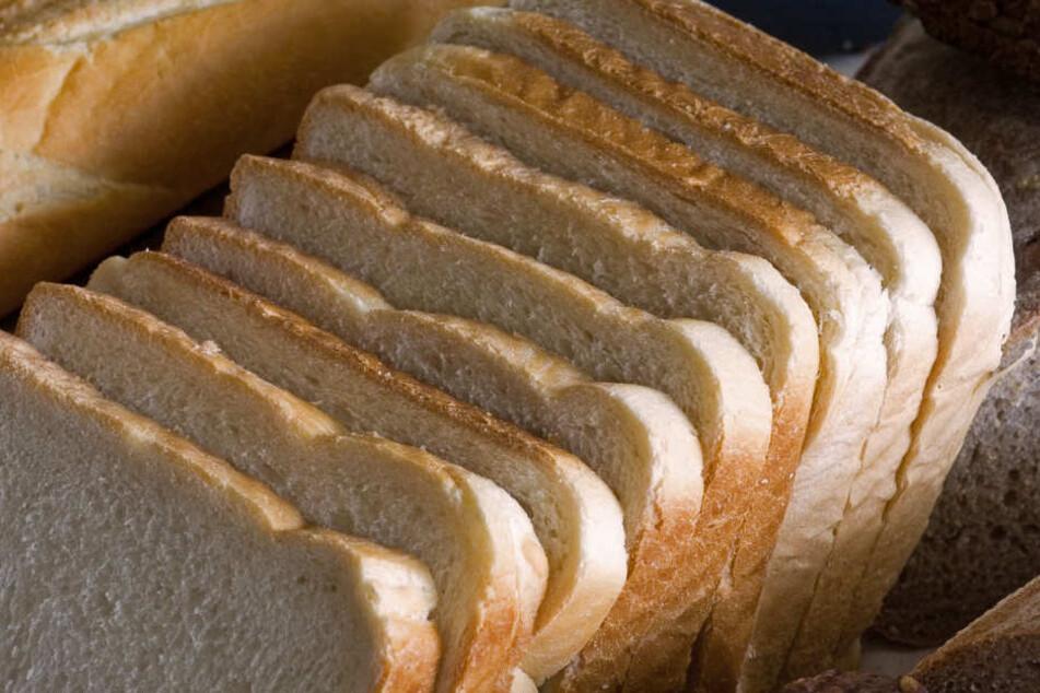 Bei Rewe und Penny werden die Toastbrotsorten verkauft. (Symbolbild)