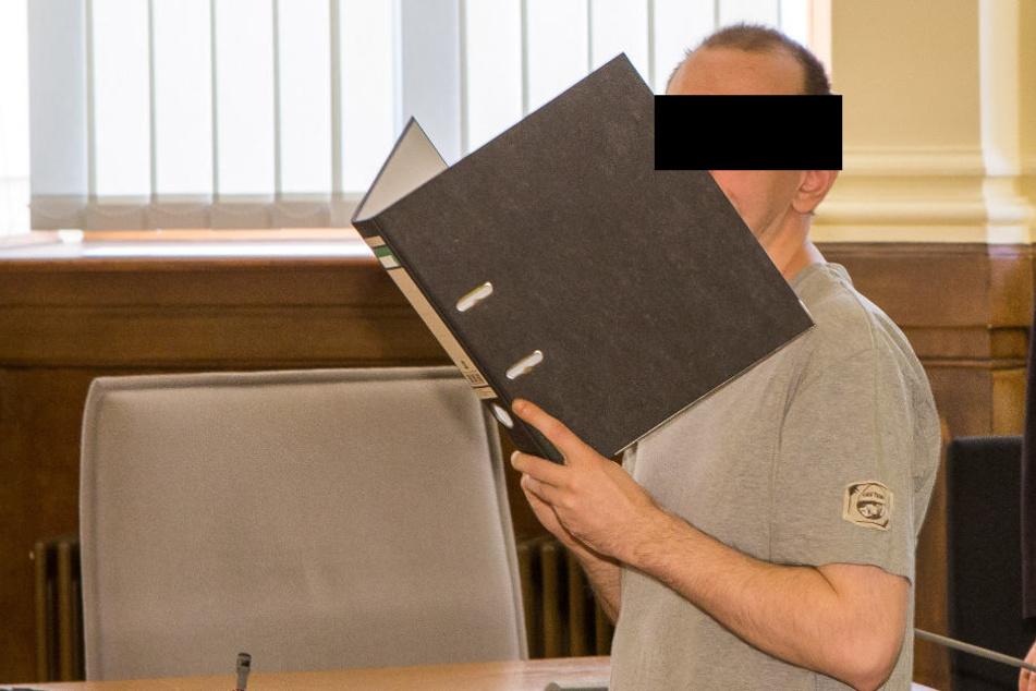 Zu neuneinhalb Jahren Haft verurteilt: Andreas S. vergewaltigte die Tochter seiner Partnerin immer wieder und tauschte die dabei gedrehten Videos im Internet.