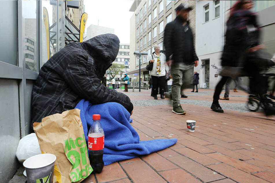 Temperaturen weit unter dem Gefrierpunkt - für Tausende Obdachlose ist sibirische Kältewelle lebensgefährlich.