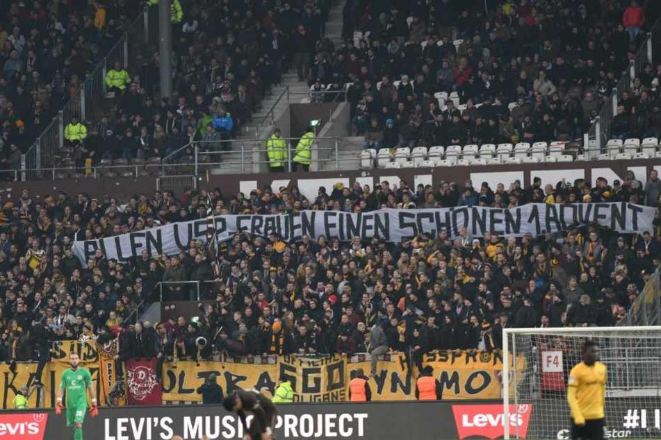 Diese Botschaft hatten die Dynamo-Fans an die Frauen der St.Pauli-Ultras.