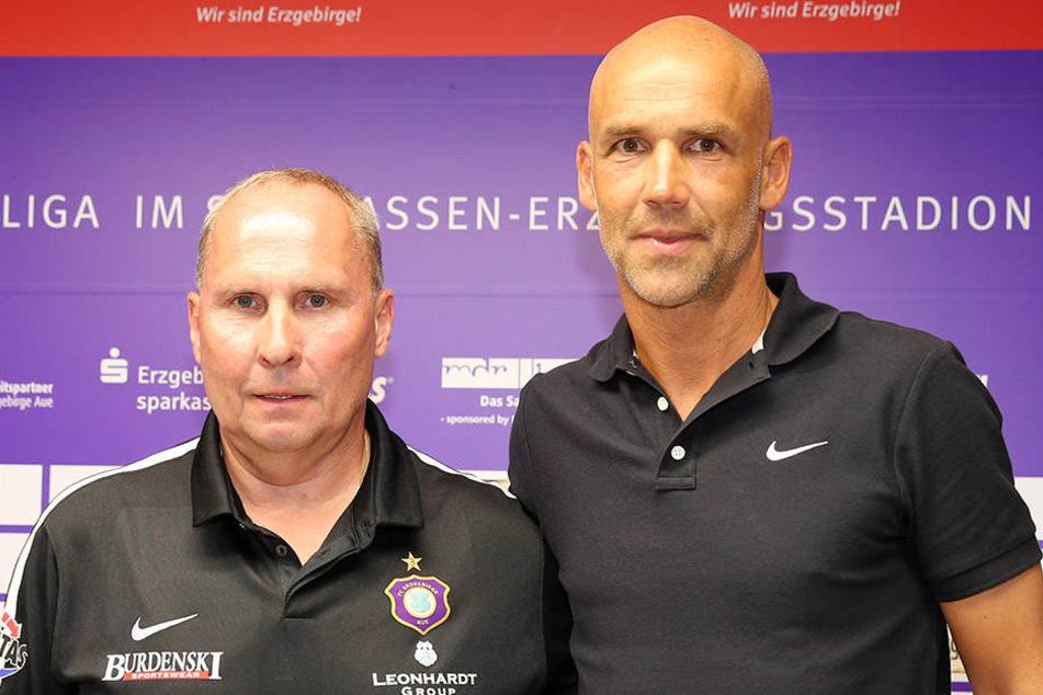 Aue-Präsident Helge Leonhardt (l., 58) und der neue Coach Thomas Letsch (48).
