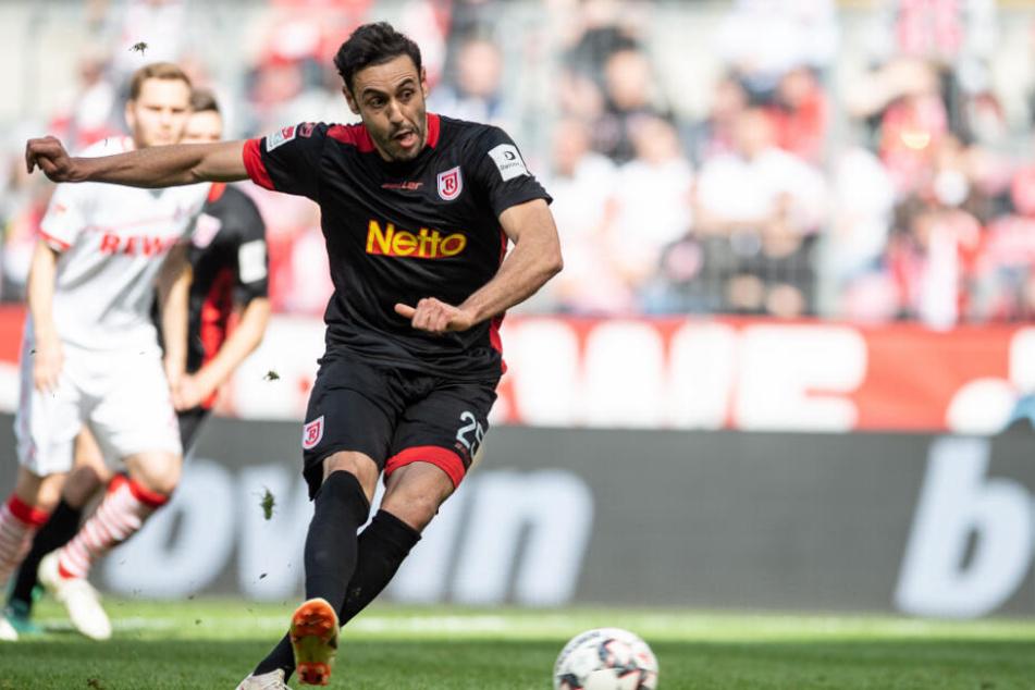 Hamadi Al Ghaddioui spielte in der vergangenen Saison für den SSV Jahn Regensburg, erzielte in 33 Spielen elf Tore und bereitete sechs vor.
