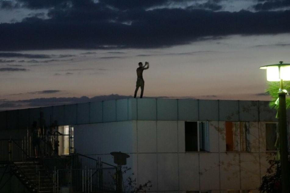 Im Bautzner Alsyheim kletterte King Abode aufs Dach, sorgte für einen SEK-Einsatz.