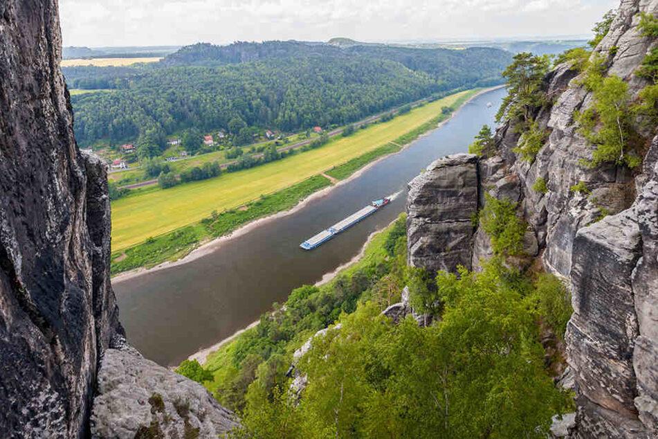 """Nicht nur die Gegend rund um die Bastei kennt """"Kletterpapst"""" Bernd Arnold wie seine Westentasche. Die Sächsische Schweiz ist quasi sein zweites Zuhause."""