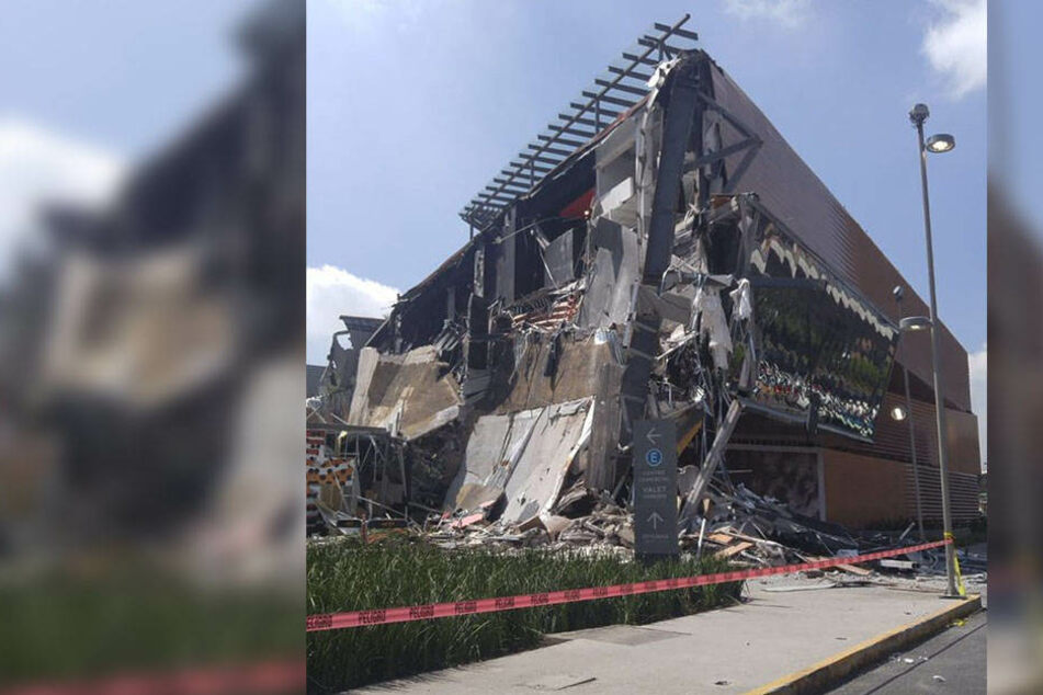 Ein Gebäudeteil des Einkaufszentrums in Mexiko-Stadt brach komplett weg.