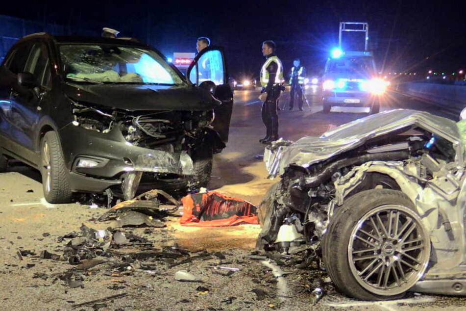 Frontal-Crash durch Geisterfahrer auf der A46 bei Düsseldorf