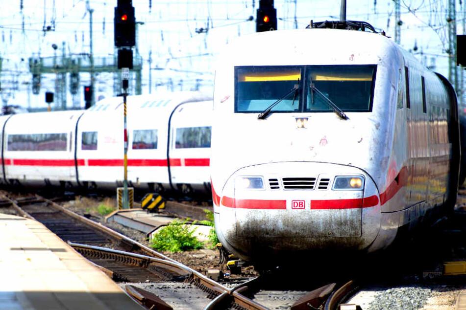 Über Stunden: ICE-Reisende sitzen zwischen Hamburg und Berlin fest!