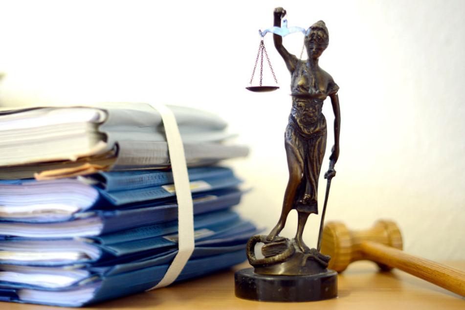 Das Münchner Amtsgericht hat entschieden, dass die 54.000 Anleger bei P&R ihre Ansprüche geltend machen können.