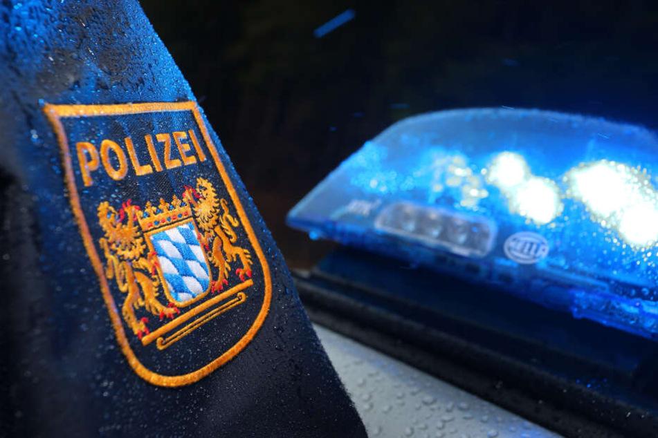 Nachdem die Beamten die Wohnung in der Oberpfalz durchsucht hatten, floh der Mann offenbar nach Mallorca. (Symbolbild)