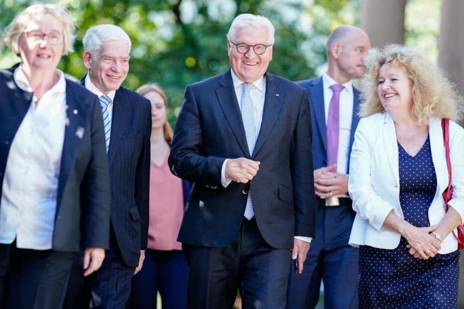 Bauer (links) Mitte Juni mit Josef Schuster (2.v.l.) und Bundespräsident Frank-Walter Steinmeier (Mitte).