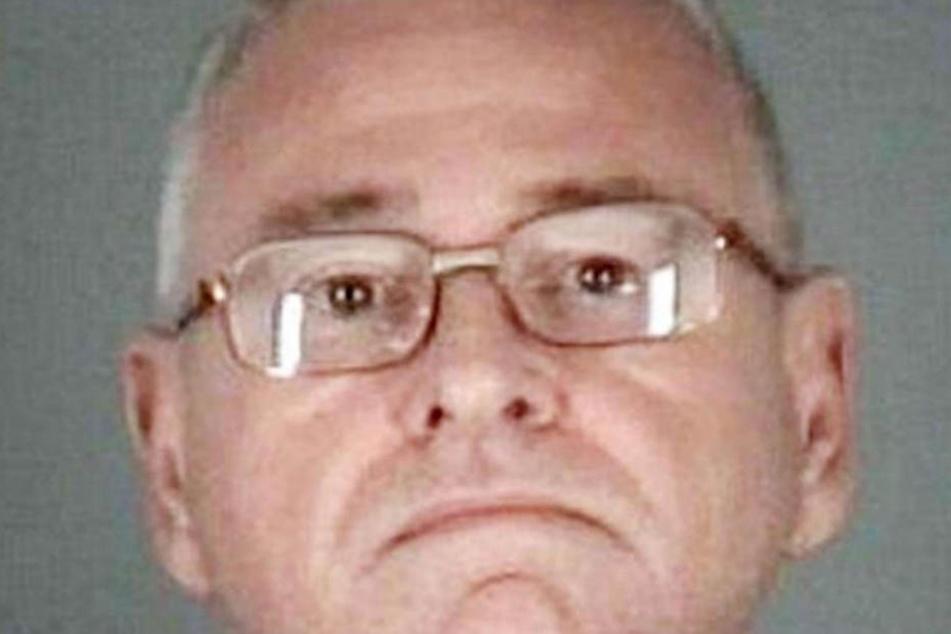 Im Alter von 63 Jahren taucht der für tot erklärte Richard Hoagland wieder auf.