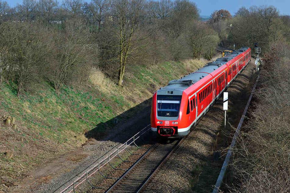 In Stadtroda wurde der Zugverkehr wieder hergestellt. (Symbolbild)