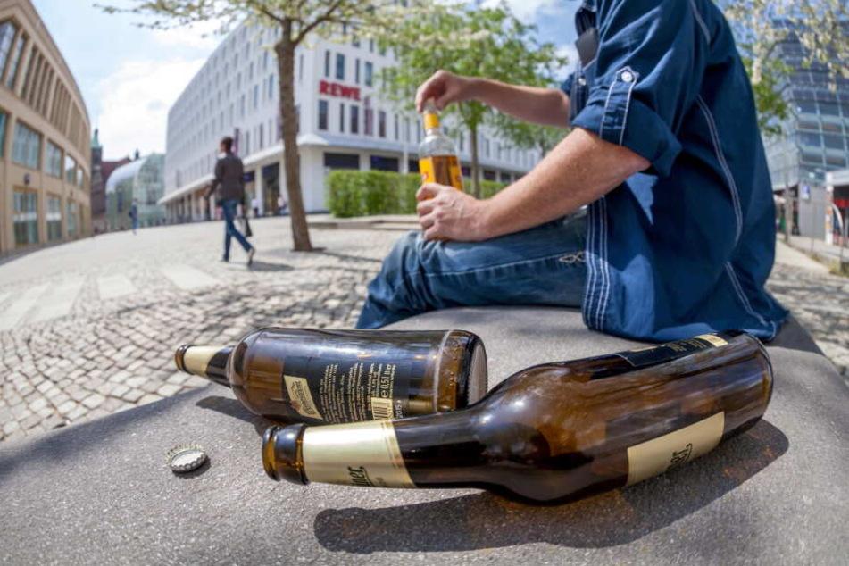 Rund um den Neumarkt gilt in Auerbach gilt Alkoholverbot. (Symbolbild)