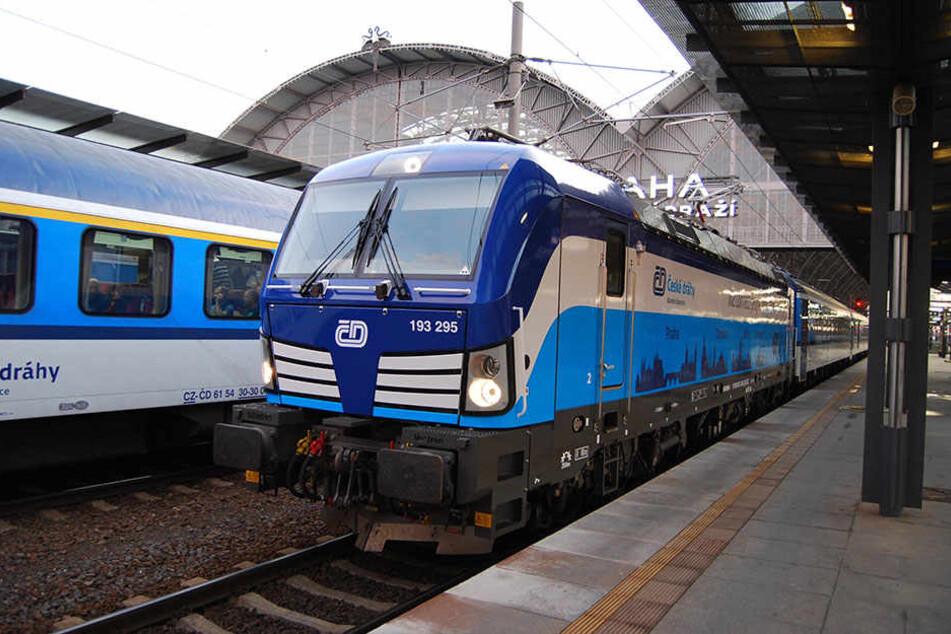 """Das """"Blaue Wunder"""" aus Tschechien wird ab Sonntag verstärkt im Einsatz auf der EC-Strecke von Prag über Dresden bis nach Hamburg sein."""