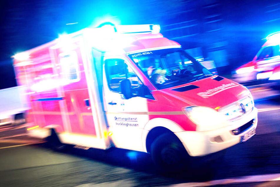 Eine Person erlitt Verletzungen (Symbolbild).