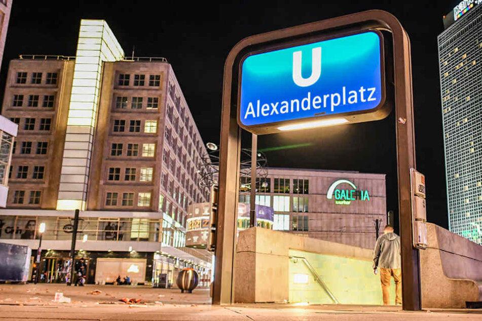 Erneut kam es am U-Bahnhof Alexanderplatz zu einer Prügelattacke. (Symbolbild)