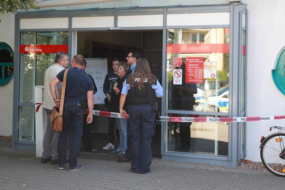 Der Täter hatte am Mittwochnachmittag eine Sparkassen-Filiale in Heidenau überfallen.
