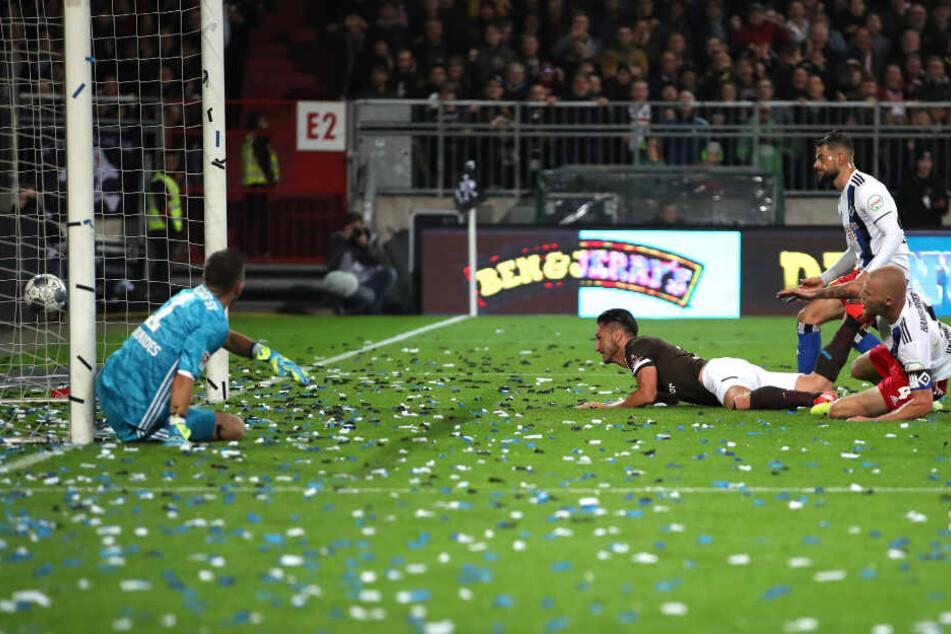 Dimitrios Diamantakos erzielte per Flugkopfball das 1:0 für den FC St. Pauli.