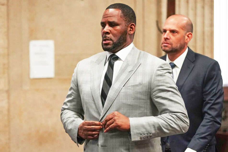 Aus Angst vor Missbrauch: Sänger R. Kelly will nicht im Gefängnis bleiben