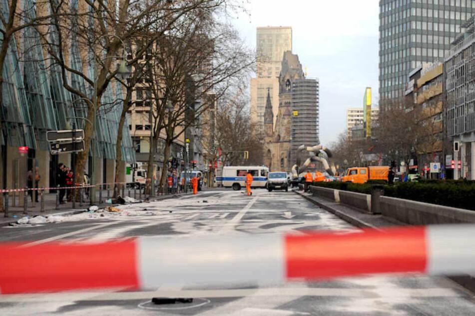 Der Ku'damm glich einem Trümmerfeld nach dem Crash.