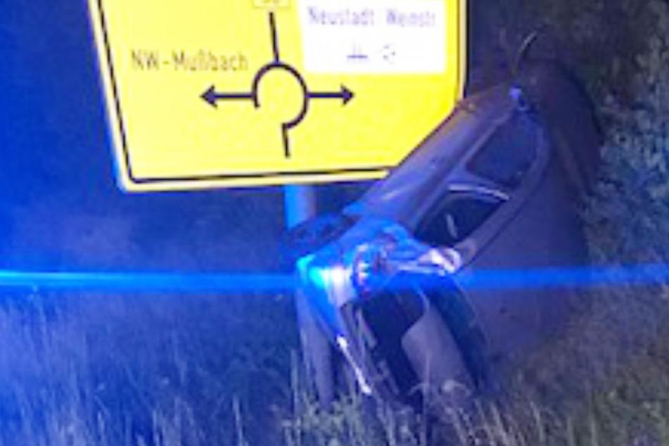 Am Wagen des Unfallverursachers entstand ein Schaden von rund 11.000 Euro.