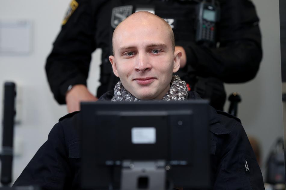 Der 28 Jahre alte Angeklagte Stephan Balliet hat vor Gericht keinerlei Reue gezeigt.