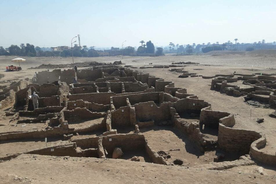 "Egyptian archaeologists have unearthed a 3,000-year-old ""lost city"" in present-day Luxor."