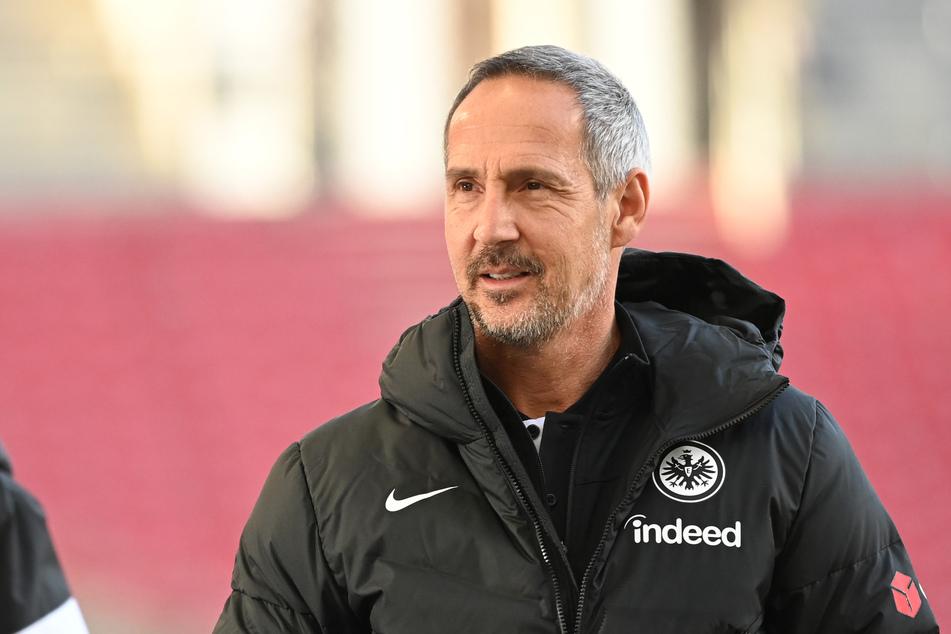 Eintracht Frankfurts Trainer Adi Hütter (51) will vom Thema Meisterschaft derzeit nichts wissen.