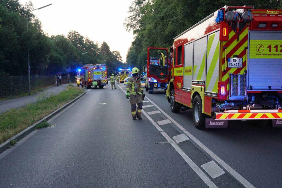 Die Feuerwehr Ratingen am Unfallort.