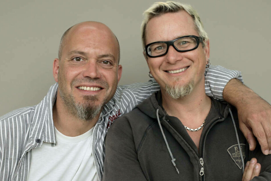 Ande Werner (l.) und Lars Niedereichholz (r.) lassen sich die gute Laune auch vom Coronavirus nicht verderben (Archivbild).