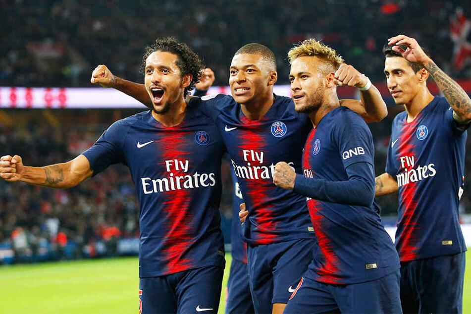 Sticht selbst aus dem starbesetzten Team von Paris Saint-Germain heraus: Kylian Mbappé (Zweiter von links) neben Superstar Neymar (Zweiter von rechts).