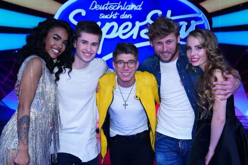 V.l.: Alicia-Awa Beissert (21), Taylor Luc Jacobs (23), Davin Herbrüggen (20), Nick Ferretti (29) und Clarissa Schöppe (19) sind im Halbfinale.