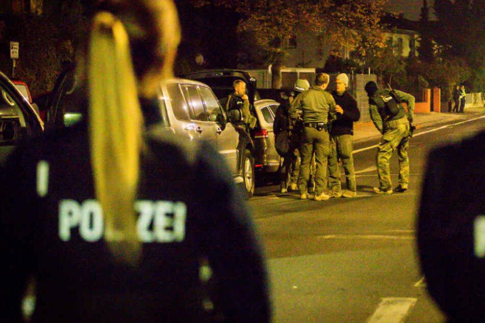 Der 45-Jähreige wurde schließlich vom SEK festgenommen.