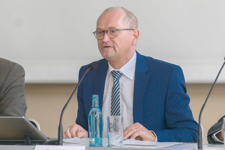 Karl-Heinz Binus (62) steht seit 2010 als Präsident dem Sächsischen  Rechnungshof vor.