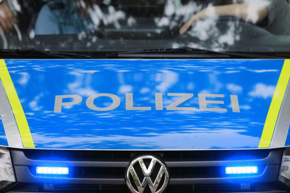 Die Polizei sucht nun Zeugen zu dem Vorfall. (Symbolbild)