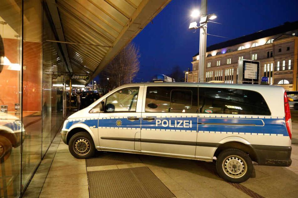 Im Chemnitzer Zentrum: 22-Jähriger mit Messer verletzt