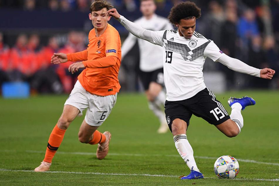 Der Ex-Schalker Leroy Sané (r.) traf zum 2:0 für Deutschland und machte auch davon abgesehen ein starkes Spiel.