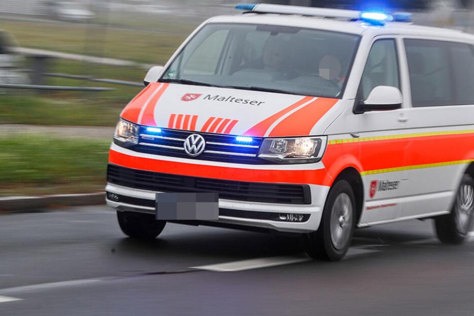 Die Rettungskräfte konnten das Mädchen noch vor Ort behandeln.