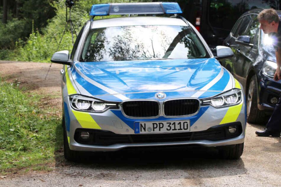 Horror-Fund in Wald in Bayern: Die Polizei hat zwei Verdächtige festgenommen.