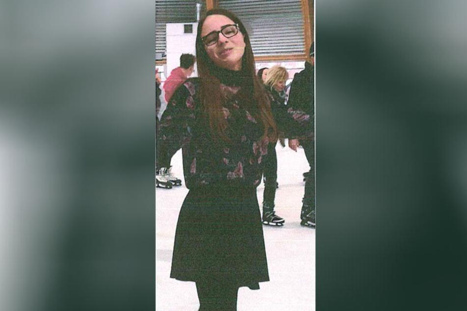Seit Tagen vermisst: Julie (14) verschwand spurlos aus Jugendeinrichtung