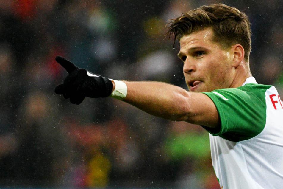 Florian Niederlechner erzielte gegen Dortmund seine Saisontore neun und zehn für den FC Augsburg.