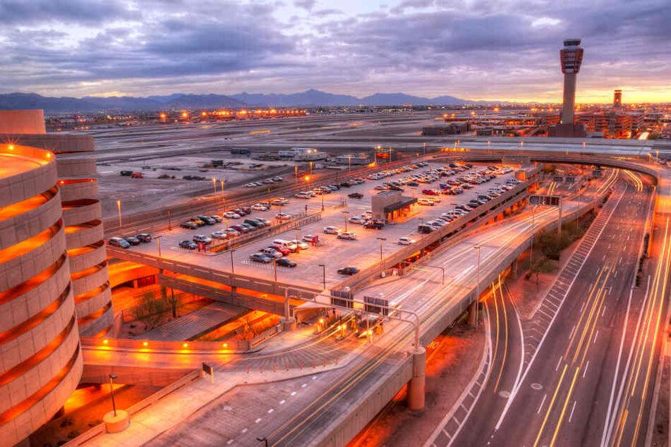 Am Flughafen von Phoenix spielte sich der Konflikt ab.