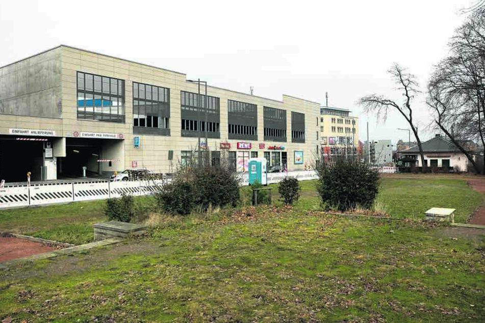 An der Huschhalle (Tharandter Straße) soll ein Trimm-dich-Pfad gebaut werden.