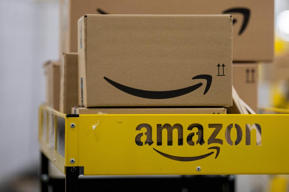 1300 neue Arbeitsplätze sollen durch die in Bayern geplanten Amazon-Logistikstandorte entstehen. (Symbolbild)